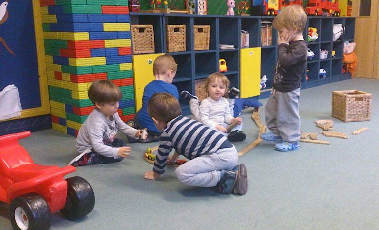 dzieci-zabawa-1
